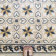 100+ year old floors in an old house originally built for a member of the Ottoman army in Amman, Jordan - Maison Everett Blog
