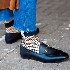 Gucci Jordaan loafers. With mesh socks.