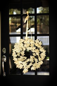 Love this DIY fall leaf scripture wreath!!