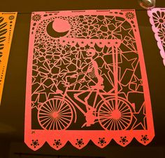 Papel picado wow this is gorgeous! Day Of The Dead Drawing, Paper Art, Paper Crafts, Mexican Designs, Bicycle Art, Mexican Art, Paper Cutting, Cut Paper, Halloween Pumpkins