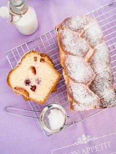 Drożdżówka z warkoczem i śliwkami #recipe #panitereska