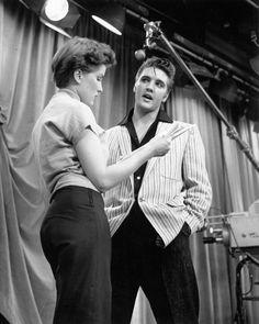 "DEBRA PAGET AND ELVIS PRESLEY ON ""THE MILTON BERLE SHOW"" - 8X10 PHOTO (CC-181) | eBay"