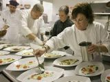 Chef Cook, Waiter/ waitress, Receptionist wanted in our restuarant . Wichita Restaurants, Work In Usa, Restaurant Jobs, Receptionist, Le Chef, How To Apply, Cooking, Security Guard, Countries