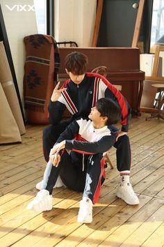 Hakyeon and Jaehwan Celebrity Dads, Celebrity Style, Vixx Wallpaper, Ken Vixx, Vixx Members, Z Cam, Channing Tatum, Jay Z, Hugh Jackman