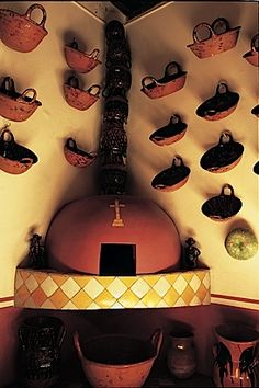 Cazuelas - use for cooking or decoration! Mexican Style Decor, Mexican Style Kitchens, Mexican Colors, Mexican Hacienda, Hacienda Style, Southwestern Home, Southwest Style, Mexican Restaurant Decor, Hacienda Kitchen