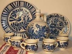 Romanian pottery, Corund Romanian Wedding, Carpathian Mountains, Medieval Town, Bucharest, Ceramic Vase, Folk Art, Decorative Plates, Arts And Crafts, Pottery