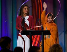 Queen Rania of Jordan, left, and Malala Yousafzai, the Pakistani teenager shot by the Taliban at the Clinton Global Initiative's Citizen Awards Dinner, Wednesday, 25 Sep 2013, in New York