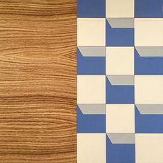 Particolare del nostro tavolo realizzato in ferro tagliato a laser e verniciato a forno & inserto in legno  #design #living #arredo #homesweethome #interiordesigner #wood #table #arredamento #bergamo #handmade #style #elegance #architecture #artisan #arredo #home #madeinitaly #3d #designhotel #lovehome #intarsi #legno #ferro #smalto #vernice #woodwork #woodpassion #wooddesign #dettagli #passion