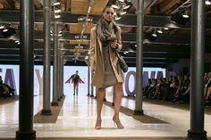 #szpilki APIA  Nowa kolekcja butów #Apia w towarzystwie ubrań Van Graff. Pokazy mody: Katarzyna Sokołowska w Starym Browarze w Poznaniu. #buty #trendy A /W15 / 16 #APIA #Vangraff #StaryBrowar  #BlowUpHall5050Hotel  #KasiaSokołowska #TopModelTVN