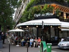 Paris'te Balayına ne dersiniz? Cafe de Flore Balayı için sessiz bir deniz kenarını tercih edebilirsiniz.  www.weddingworld.com.tr http://www.facebook.com/weddingworldavm