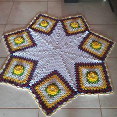 18 curtidas, 2 comentários - Eleusaroaria (@eleusarosaria) no Instagram Blanket, Instagram, Kitchen, Blankets, Cover, Comforters
