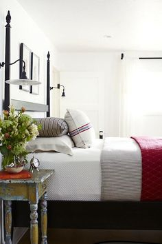 Great Bedroom :: Lighting :: Ticking :: Red Quilt