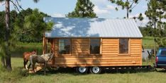 Tiny house on wheels which is placed in an area of natural and fresh and perfect for enjoying the natural scenery