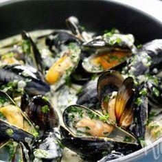 Suriname Food, Fish Recipes, Healthy Recipes, Birthday Menu, Outdoor Food, Mussels, Fish And Seafood, Tapas, Good Food