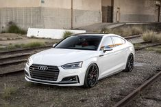 Need a burst of inspiration? Take a look at the Graceful White Audi Goes Through Stylish Transformation photos and go back to customizing your vehicle with renewed passion. Audi Sportback, Audi Rs5, Audi Quattro, Audi Tt Interior, Audi Tt Sport, Audi R8 Wallpaper, Tt Car, Lamborghini, Future Concept Cars