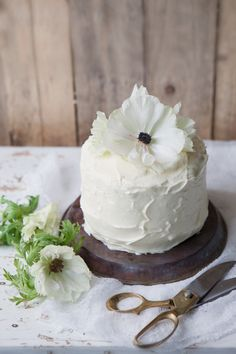 Saffron, orange & poppy seed layer cake with Vanilla cream cheese frosting. For me, forget the poppy seeds!