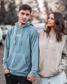 jess and gabriel photoshoot Cute Relationship Goals, Couple Relationship, Relationships, Couple Photoshoot Poses, Couple Posing, Jess And Gabe, Cute Couple Outfits, Gabriel Conte, Jess Conte