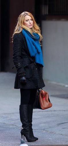 Serena's perfect-fit coat and covetable Fendi duffle ($2,490) and Jimmy Choo Enford Glitter Pull-On Boots ($627, originally $1,395) make for luxe Winter basics.