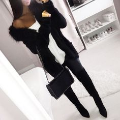 Gilet @1_2_3_paris Pull @mango Leather pants @zara Bag @zara Cuissardes @hm ref 0417241002