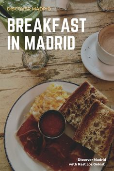 From pan tostado con tomate, to churros with chocolate – we've got you covered! Check out our favorite breakfast and brunch places in Madrid here! Breakfast Options, Savory Breakfast, Best Breakfast, Brunch Places, Brunch Spots, Breakfast In Madrid, Madrid Food, Churros, Homemade Cakes