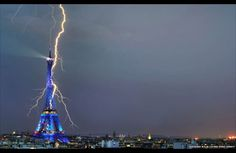 Lightning hitting the Eiffel Tower in Paris