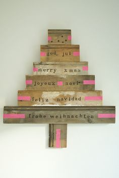 diy christmas tree http://www.woodwoolstool.com/
