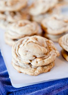 Puffy Vanilla and Peanut Butter Chip Cookies.