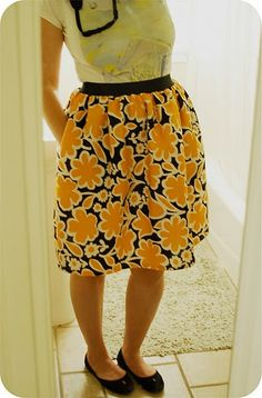 elastic waist skirt tutorial...with pockets