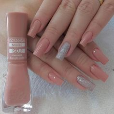 The best 10 nail art tips – Uñas - NailiDeasTrends Gold Acrylic Nails, Simple Acrylic Nails, Rose Gold Nails, Nail Paint Shades, Pink Holographic Nails, Long Nail Art, Nail Designer, Dream Nails, Artificial Nails