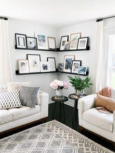 Home Interior, Living Room Interior, Home Living Room, Living Room Designs, Living Room Decor, Interior Design, Living Room Photos, Living Room Gallery Wall, Living Room Artwork