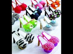 i own NO RIGHTS for music its picked up out of my computer !   i don't do any commercials to any brand used in my video its just what i have !       This is a very helpful video of how to make high heels cupcakes hope you enjoy the video and comment ans subscribe ! :)  High heel Cupcakes (chocolate cupcakes) + buttecream