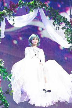 #JEONGYEON TWICE 2ND TOUR 'TWICELAND ZONE 2 : Fantasy Park'