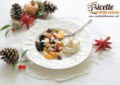 Macedonia speziata di frutta secca e mousse alla ricotta  #macedonia #fruit #ricotta #foodporn #vsco #foodstyle #food #cooking #foodstagram #follow #followme #instagood #instalike #instadaily #recipe #italianrecipe #italianfood #ricettedellanonna #good #love #happy #italy #passione #fotooftheday #foodblogger #chef #beautiful #instafollow #vscofood