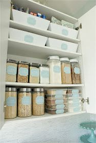 Pretty Pantry: Dollar Store Makeover