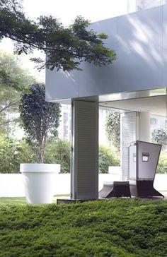 Yoo Pune by Philippe Starck Philippe Starck, Pune, Landscape Design, Garden Design, Garden Architecture, Exterior, Windows, Patio, Outdoor Decor