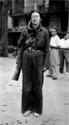 Simone Weil - 1936 durante la guerra civile spagnola © Getty Images.Muchos de Uds. La recuerden como presidenta del Parlamento europeo hoy.2014.