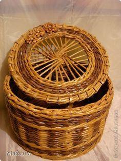 Поделка изделие Плетение Плетение из газет - диагноз Бумага газетная Трубочки бумажные фото 4
