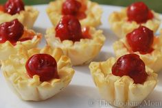 Mini Cherry Cheesecakes | The Cooking Mom