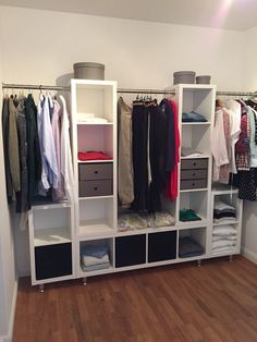 The IKEA Kallax series Storage furniture is an important part of any home. Fashionable and wonderfully simple the corner Kallax from Ikea , for example. Ikea Closet Hack, Closet Hacks, Ikea Hack Bedroom, Closet Ideas, Ikea Wardrobe Hack, Ikea Bedroom Storage, Algot Ikea, Ikea Pax, Diy Kallax