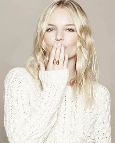 Kate Bosworth, love her blonde Kate Bosworth, Color Rubio, Straight Weave Hairstyles, Brazilian Hair Weave, Blonde Color, Pale Blonde, White Blonde, Hair Color, Hair Weft