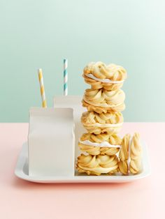 These melt-in-the-mouth buttery biscuits are a tea-time blast from the past. This triple-tested recipe makes ten Viennese whirls in under an hour Bbc Good Food Recipes, Sweet Recipes, Baking Recipes, Cookie Recipes, Bbc Recipes, Viennese Whirls, Viennese Biscuits, Food Styling, Fancy Cookies
