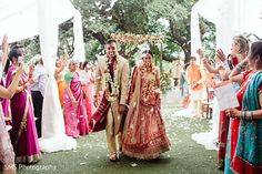 View photo on Maharani Weddings http://www.maharaniweddings.com/gallery/photo/140204