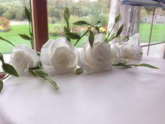White rose wedding cake - bottom tier