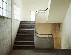 an abandoned place photographed by Yosigo
