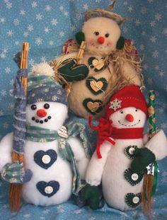 Felt Wynter Snowmen Tree Toppers, also a pdf e-pattern $7.00