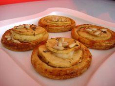 Tartaletas de Manzana, Queso de cabra y Miel de Tomillo