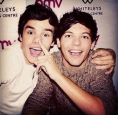 louis tomlinson One Direction liam payne lilo bromances lilo . One Direction Liam Payne, One Direction Facts, I Love One Direction, 5sos, Style Zayn Malik, 1d Quotes, Wattpad, Louis Williams, All Family