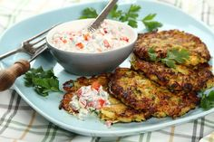 Przepis na Placki warzywne z cukinią Tandoori Chicken, Meat, Ethnic Recipes, Food, Essen, Meals, Yemek, Eten