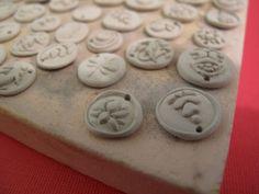 free jewelry making tutorials: firing silver metal clay using a kiln by Beth Hemmila & Hint Jewelry, via Flickr