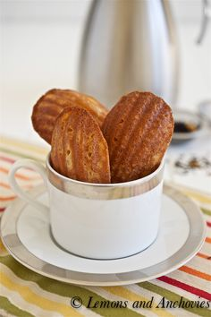 Inspired by Paris Sweets, these Honey Mango Madeleines are simply delicious and perfect for an afternoon tea or just a snack! Isn't it time you started baking delicious treats like these cookies? Cookie Desserts, Cookie Recipes, Dessert Recipes, Beignets, Mango Tea, Madeleine Recipe, Biscuits, Afternoon Tea, Sweet Tooth